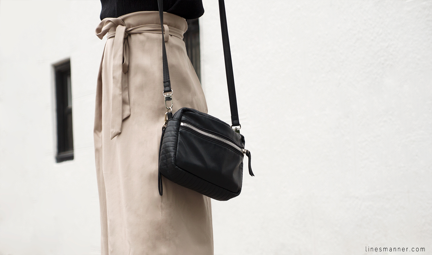 Lines-Manner-Neutrals-Quality-Lora_Gene-Wide_Leg_Pant-Modern-Sophistication-Tailored-Essentials-Details-Simplicity-Summer_vibes-Volume-Proportion-Flowy-8