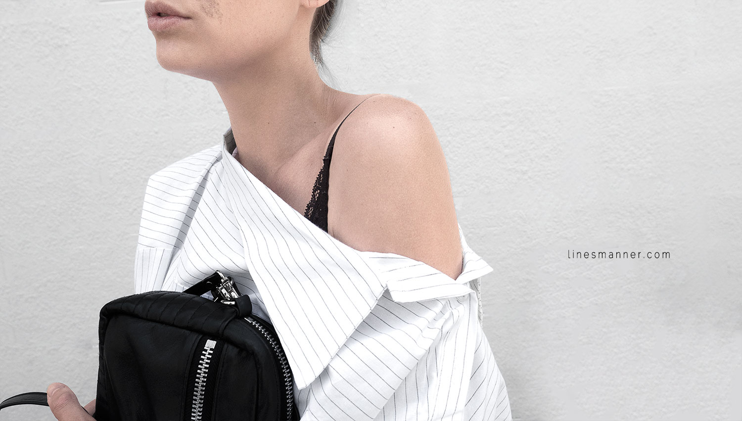 Lines-Manner-Simplicity-Off_shoulder-Monochrome-Noway_Monday-Details-Edgy6Backward-Sleek Statement_piece-Pinstripe-Business-Shirt-Minimal-Essentials-Outfit-Fashion-Minimal_fashion-Slides-Everlane-3