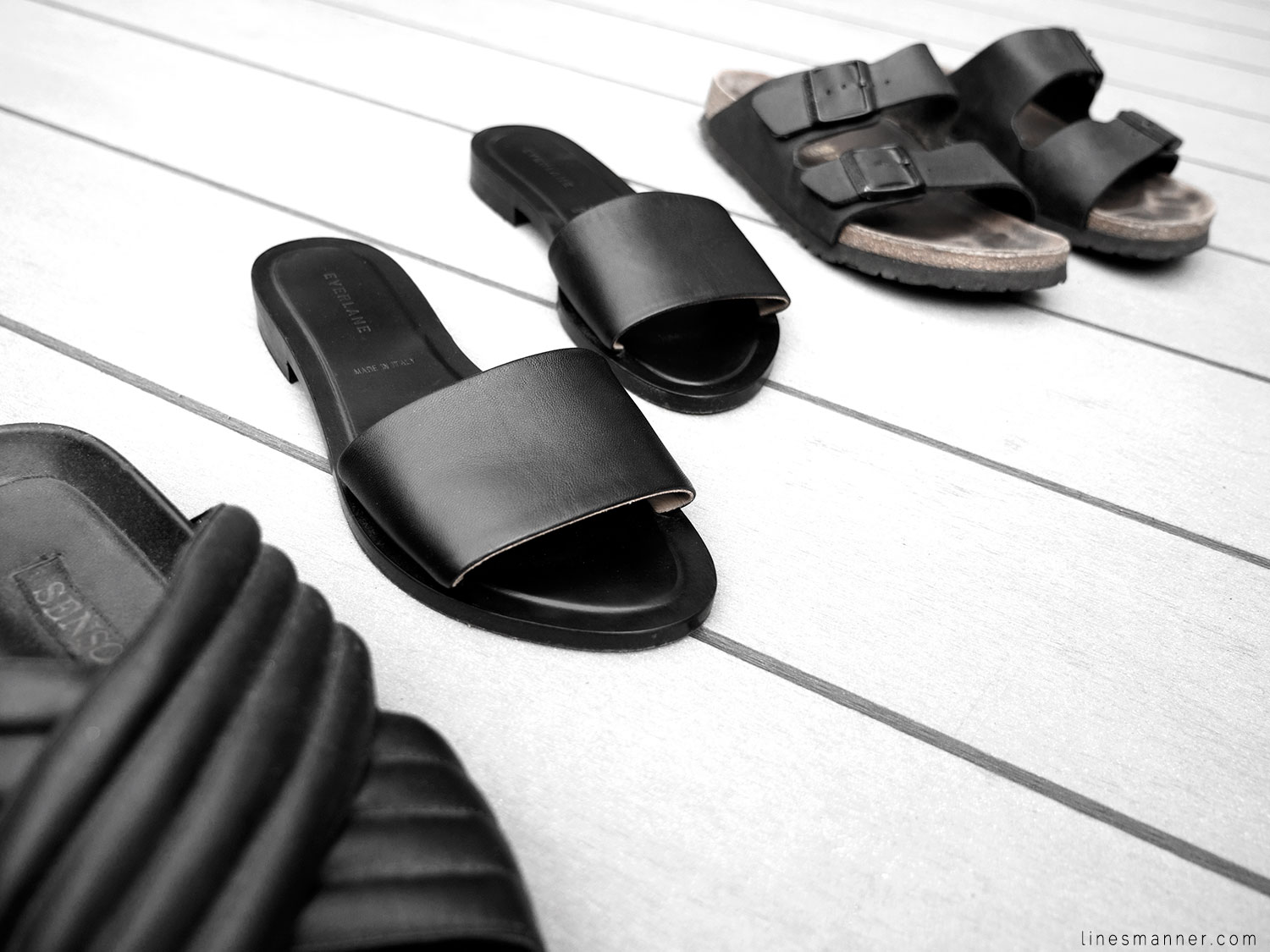 Lines-Manner-Summer-Shoes-Slides-Black-Leather-Minimal-Off_Duty-Senso_Everlane-Birkenstock-Essentials-Situation-7