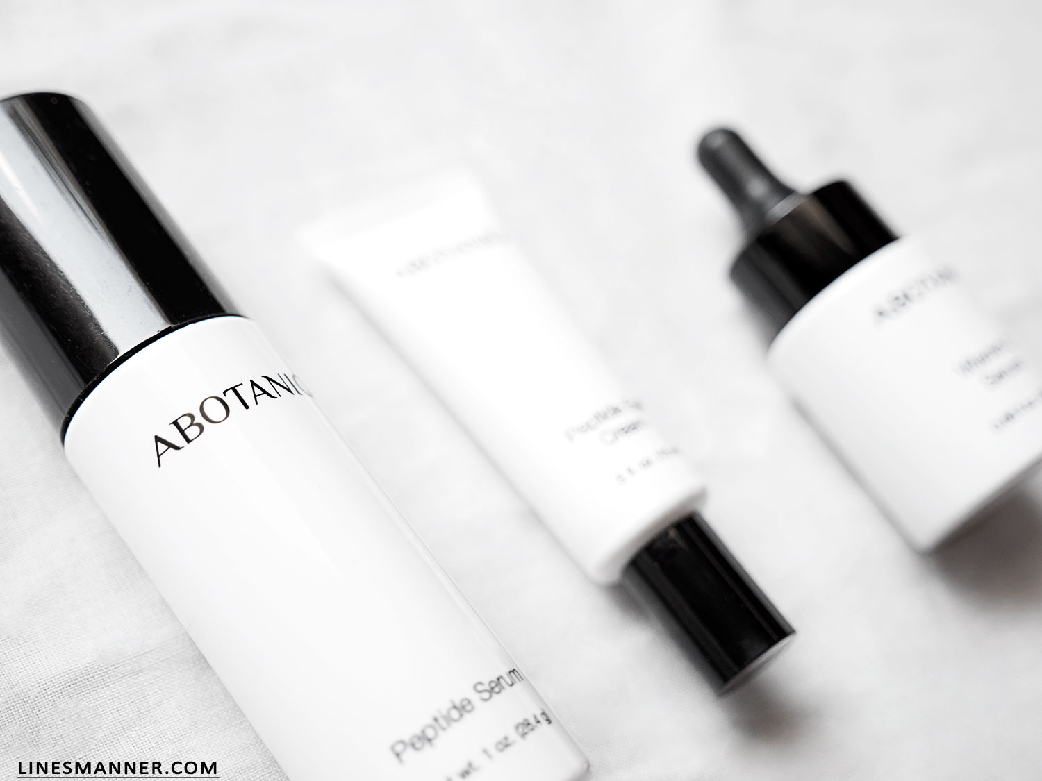 Lines-Manner-Abotaniq-Skin_Care-Natural-Science-Technology-Beauty-Quality-Authentic-Skins-Peptides-Antioxidant-Fresh-Black_and_White-Essentials-Expert-6