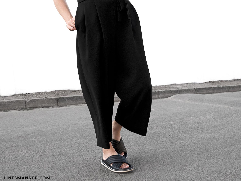 Lines-Manner-Monochrome-Black_and_White-Simplicity-Essentials-High_Waist-Design-Structured-Details-Bon_Label-9