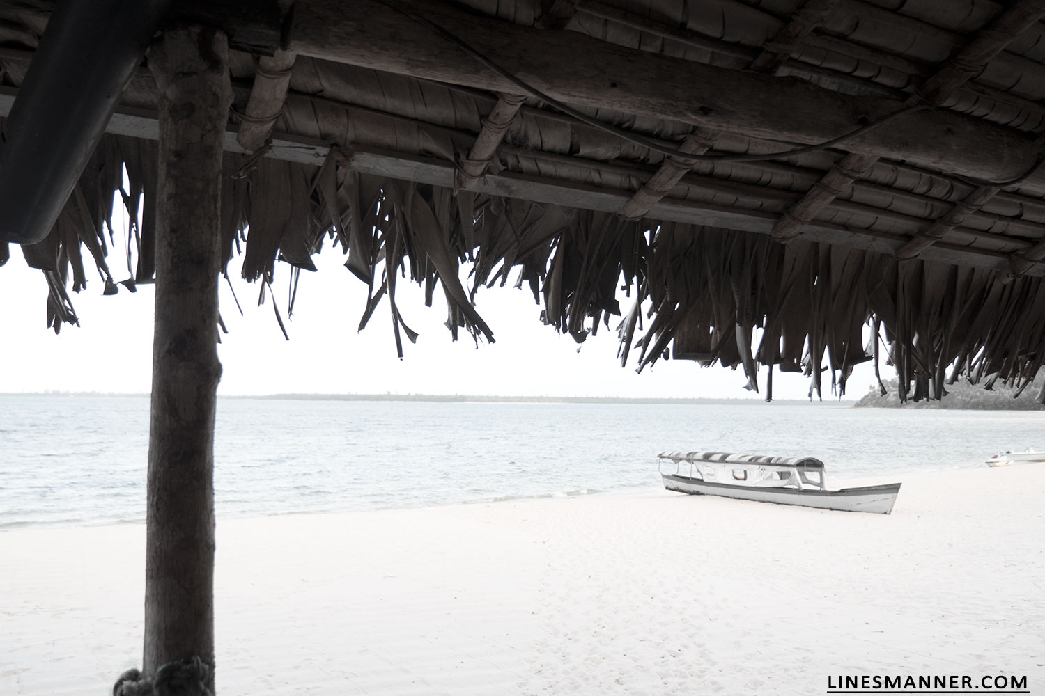 Lines-Manner-Explore-Travel-World-Places-Ocean-Madagascar-Island-Photography-Inspiration-Sea-Tropical-14