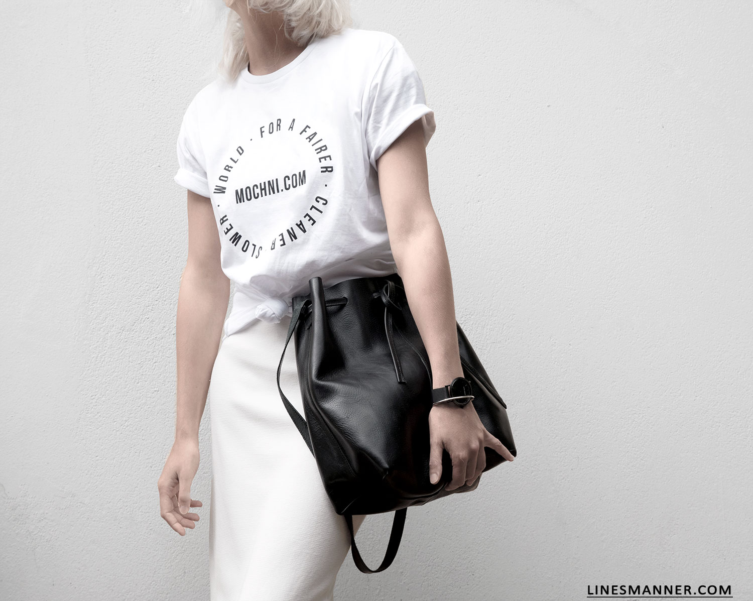Lines-Manner-Mochni-Slow_Fashion_Plateform-Sustainable-Eco_Fashion-Awareness-Tee-Fairer-World-Conscious-Essentials-Minimal-Monochrome-Quality-Organic-4
