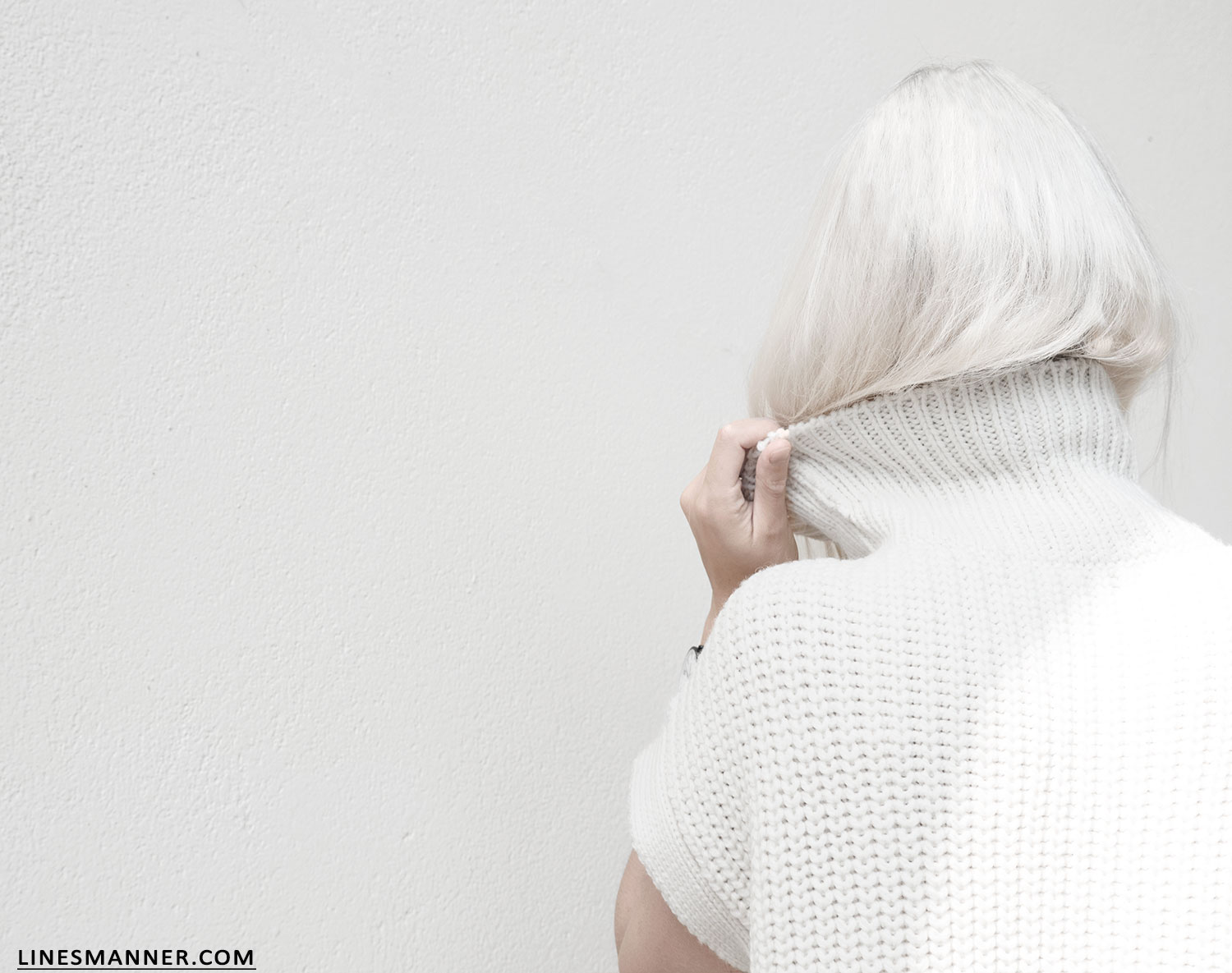 Lines-Manner-Sleeveless-Clean-Minimal-Effortless-Neutrals-Whiteout-Details-Essential-Staple-Statement_Piece-Knit-Sweater-Turtleneck-Trans_Seasonal-Larsson_And_Jennings-Warm-7