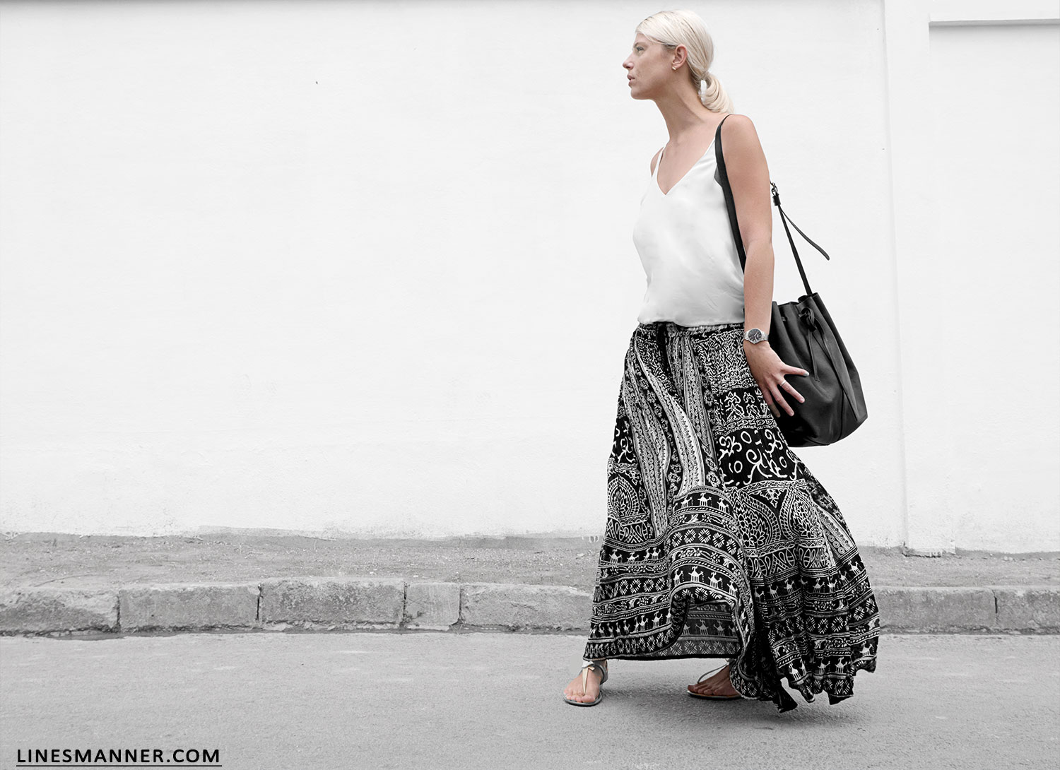 Lines-Manner-Tribal-Monochrome-Airy-Prints-Printed-Black_and_White-MVN-Details-Modern-4