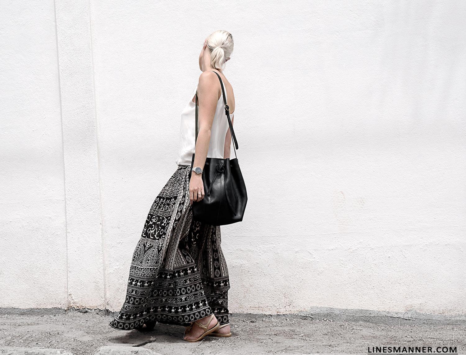 Lines-Manner-Tribal-Monochrome-Airy-Prints-Printed-Black_and_White-MVN-Details-Modern-6