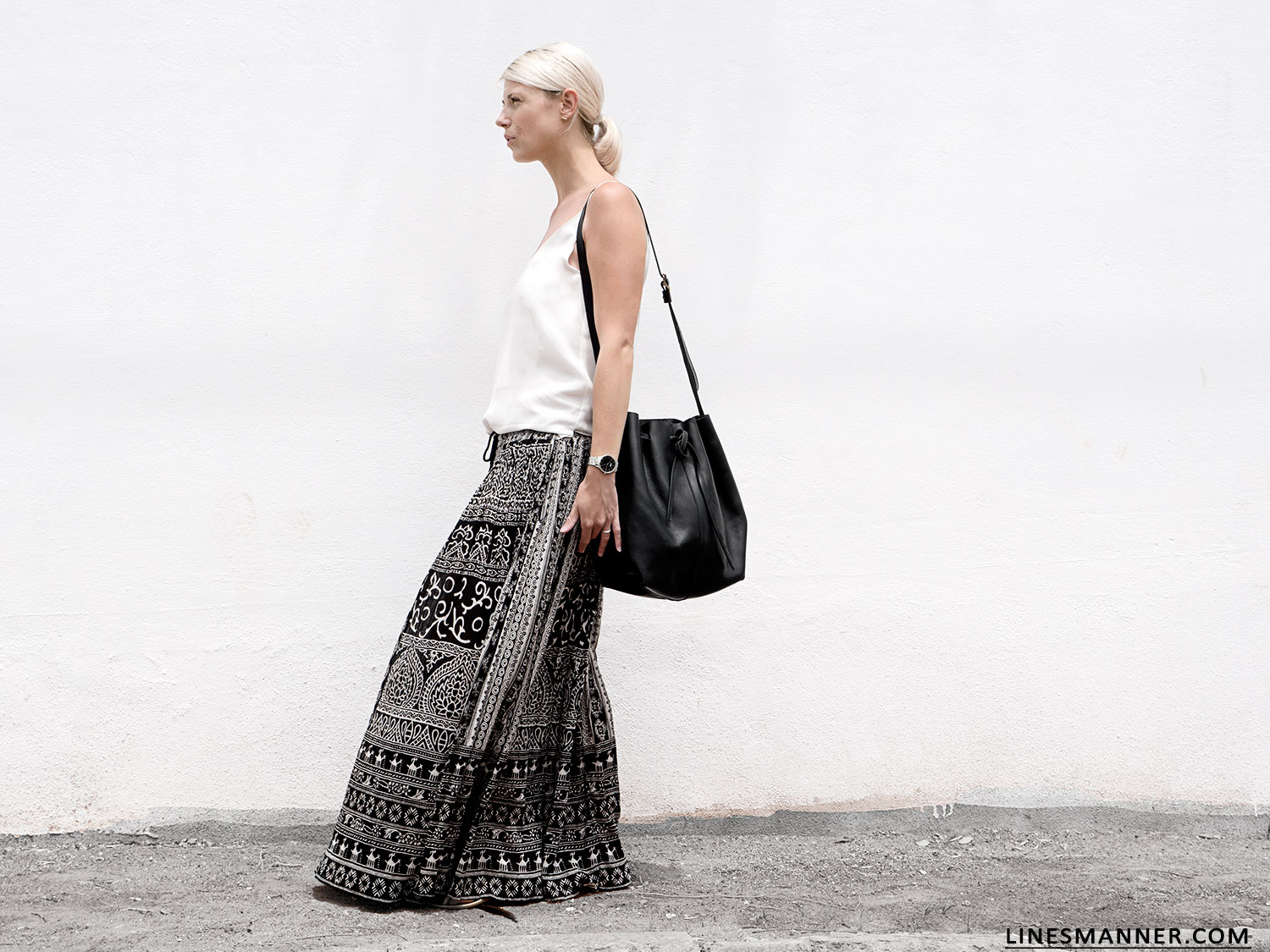 Lines-Manner-Tribal-Monochrome-Airy-Prints-Printed-Black_and_White-MVN-Details-Modern-10