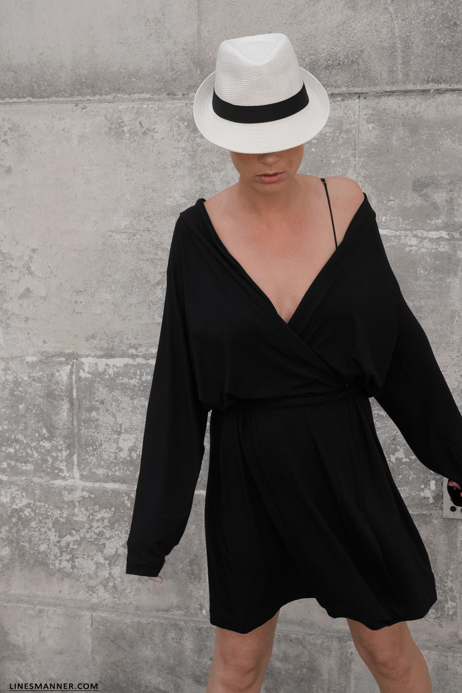 7ebd1a5a3e3e Lines-Manner-Woron-Sustainable-Eco Fashion-Vegan-Timeless-Softness-Little Black Dress-Wrapped Dress-Frecnh Riviera- Outfit-Minimal-Summer-Panama-13