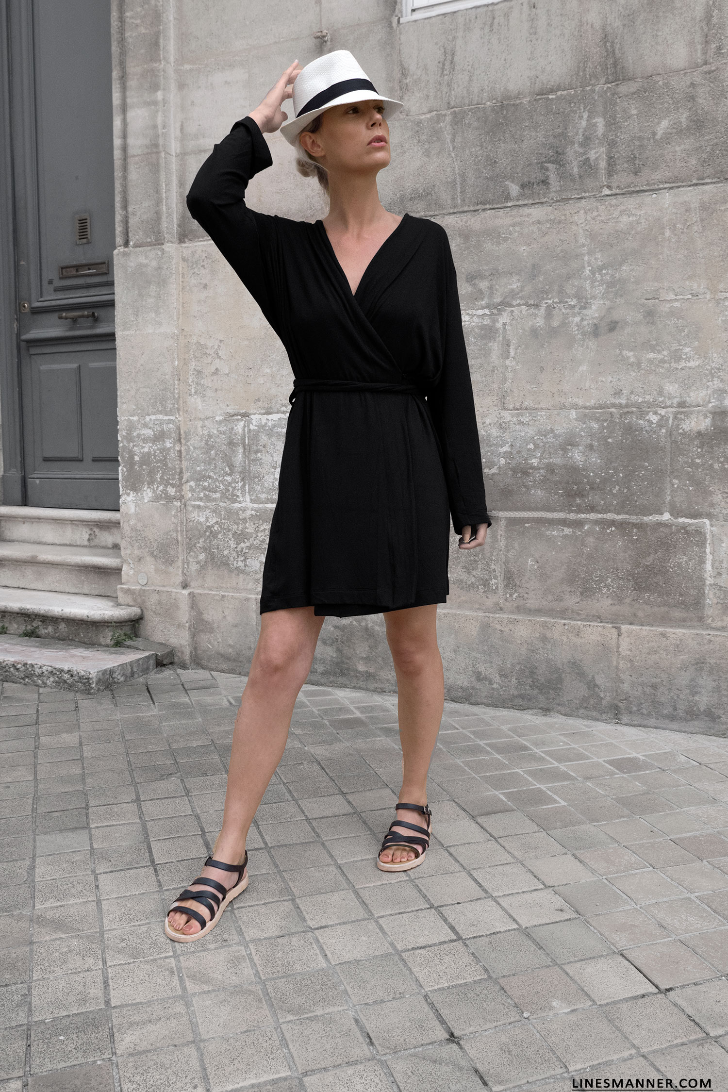 32d06908cf07 Lines-Manner-Woron-Sustainable-Eco Fashion-Vegan-Timeless-Softness-Little Black Dress-Wrapped Dress-Frecnh Riviera- Outfit-Minimal-Summer-Panama-7